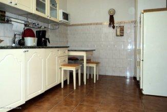 vanzare casa de la agentie imobiliara, cu 4 camere, in zona Centru, orasul Constanta