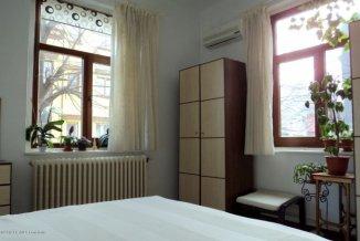Constanta, zona Centru, casa cu 4 camere de vanzare de la agentie imobiliara