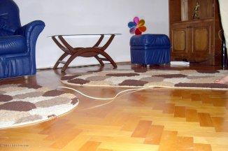 vanzare casa de la agentie imobiliara, cu 4 camere, in zona Centru, orasul Ovidiu