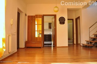 Casa de vanzare cu 4 camere, in zona Trocadero, Constanta