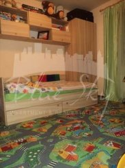 vanzare casa de la agentie imobiliara, cu 4 camere, localitatea Poiana