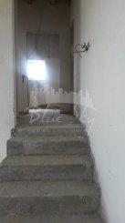 vanzare casa cu 4 camere, localitatea Poiana, suprafata utila 200 mp