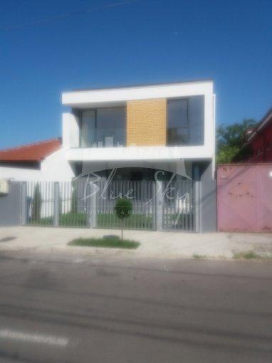 vanzare Casa Constanta Coiciu cu 4 camere, 1 grup sanitar, avand suprafata utila 175 mp. Pret: 245.000 euro negociabil. agentie imobiliara vand Casa.