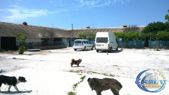 vanzare Casa Ovidiu cu 5 camere, 1 grup sanitar, avand suprafata utila 3142 mp. Pret: 190.000 euro. agentie imobiliara vand Casa.