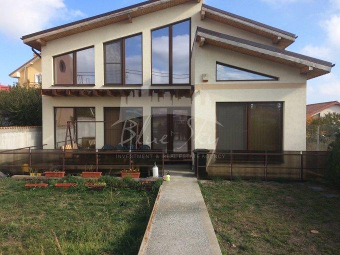 Constanta casa cu 5 camere, 1 grup sanitar, cu suprafata utila de 200 mp, suprafata teren 412 mp si deschidere de 12 metri. In orasul Constanta.