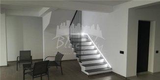 Casa de vanzare cu 5 camere, in zona Stadion, Constanta