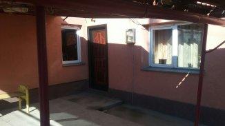 Constanta Techirghiol, zona Centru, casa cu 6 camere de vanzare de la agentie imobiliara