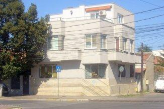Casa de vanzare cu 7 camere, in zona Centru, Constanta