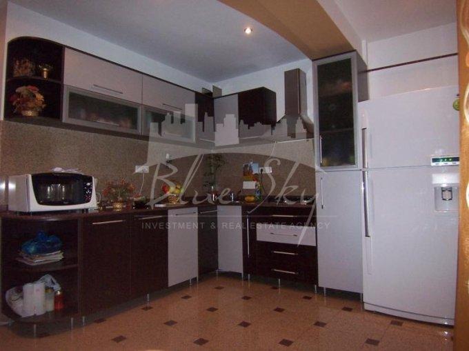 vanzare Casa Constanta Coiciu cu 7 camere, 1 grup sanitar, avand suprafata utila 449 mp. Pret: 200.000 euro negociabil. agentie imobiliara vand Casa.