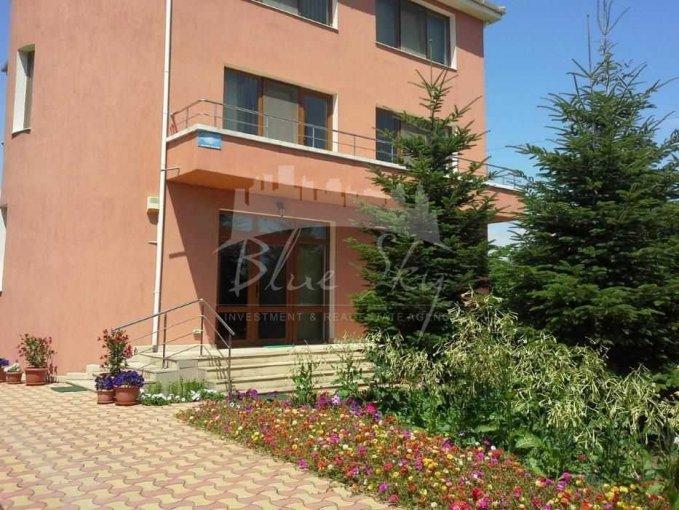 vanzare Casa Constanta cu 9 camere, cu suprafata utila de 330 mp, 1 grup sanitar. 275.000 euro negociabil.. Casa vanzare Sat Vacanta Constanta