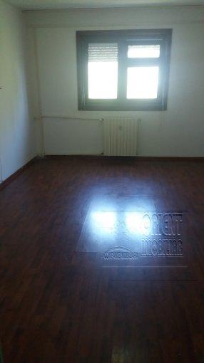 vanzare Garsoniera Constanta, cu 1 grup sanitar, suprafata utila 22 mp. Pret: 16.900 euro.