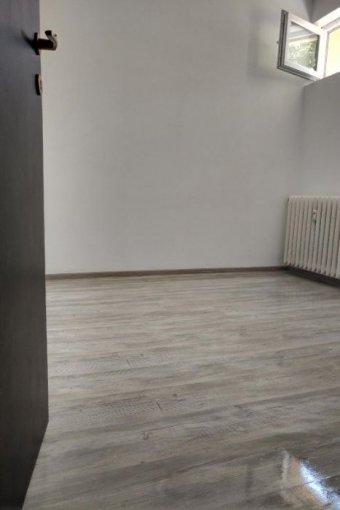 inchiriere Garsoniera Constanta, cu 1 grup sanitar, suprafata utila 13 mp. Pret:  EUR. Incalzire: Incalzire prin termoficare.