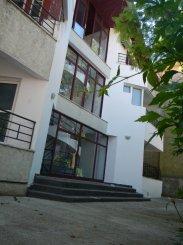 Mini hotel de vanzare cu 2 etaje 2 camere, in zona Epava, Costinesti  Constanta