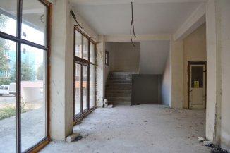 Mini hotel de vanzare cu 4 etaje 27 camere, in zona Centru, Eforie Nord  Constanta