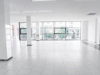 agentie imobiliara inchiriez Spatiu comercial 1 camere, 380 metri patrati, in zona Delfinariu, orasul Constanta