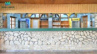 agentie imobiliara vand Spatiu comercial 6 camere, 565 metri patrati, in zona Centru, orasul Ovidiu