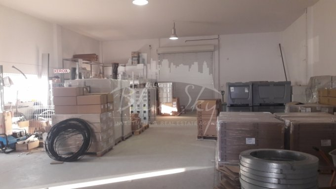 Exterior Nord  Constanta Spatiu industrial de inchiriat, cu 1 grup sanitar, suprafata 350 mp. Pret: 2.500 euro negociabil.