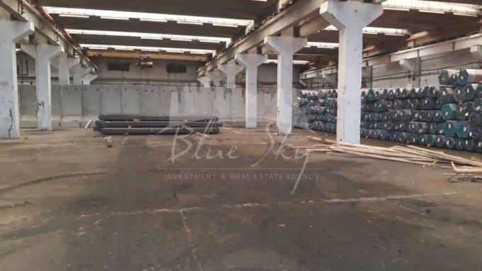 Spatiu industrial de inchiriat direct de la agentie imobiliara, in Constanta, cu 8.600 euro negociabil. 1 grup sanitar, suprafata utila 1720 mp.