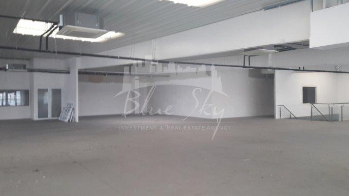 Spatiu industrial de inchiriat direct de la agentie imobiliara, in Constanta, zona Metro 1, cu 5.490 euro negociabil. 1 grup sanitar, suprafata utila 1220 mp.
