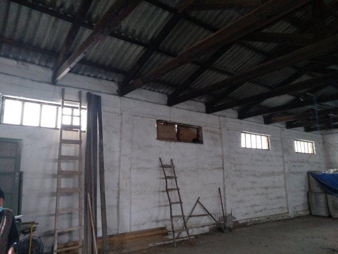 Spatiu industrial de vanzare direct de la proprietar, in Cobadin, cu 20.000 euro negociabil. 1 grup sanitar, suprafata utila 170 mp. Amplasament: Constructie Independenta.