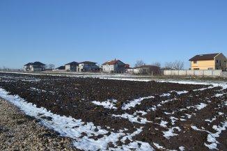 agentie imobiliara vand Teren agricol in suprafata de 309 metri patrati, amplasat in zona Varianta Constanta, orasul Ovidiu