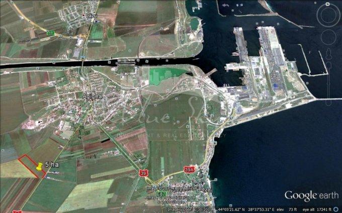 Teren intravilan vanzare 50000 mp, deschidere 80 metri. Pret: 300.000 euro negociabil. agentie imobiliara vand teren intravilan