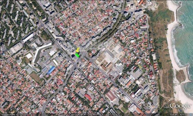 Teren intravilan de vanzare in Constanta, zona Capitol. Suprafata terenului 450 metri patrati, deschidere 16 metri. Pret: 405.000 euro negociabil.