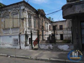 vanzare teren intravilan de la agentie imobiliara cu suprafata de 210 mp, in zona Centru, orasul Constanta