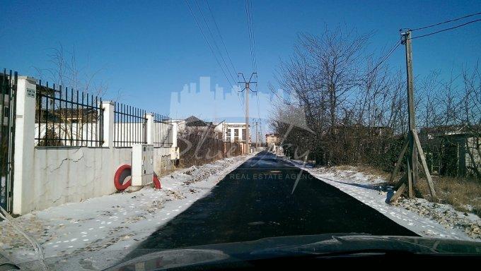 Teren intravilan de vanzare direct de la agentie imobiliara, in Constanta, zona Sat Vacanta, cu 195.300 euro negociabil. Suprafata de teren 1953 metri patrati cu deschidere de 24 metri.