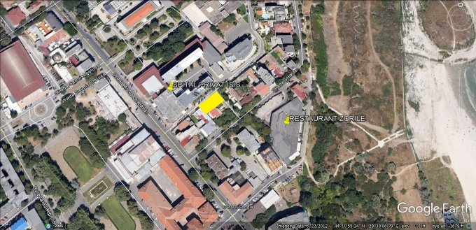 Teren intravilan de vanzare direct de la agentie imobiliara, in Constanta, zona Centru, cu 170.000 euro negociabil. Suprafata de teren 245 metri patrati cu deschidere de 22.8 metri.  Destinatie: Rezidenta, Birou, Comercial.