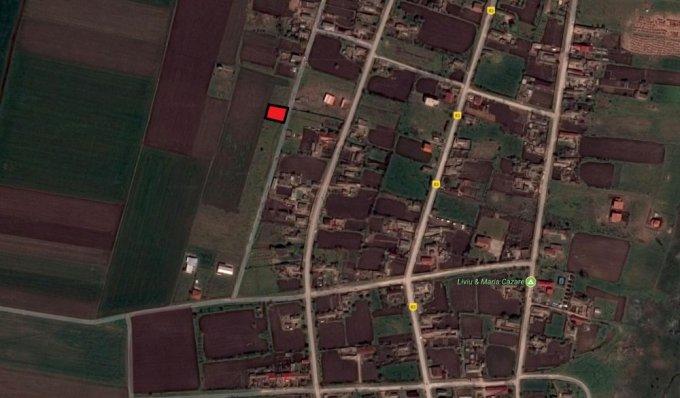 Teren intravilan de vanzare in Vadu. Suprafata terenului 975 metri patrati, deschidere 26 metri. Pret: 13.500 euro negociabil. Destinatie: Vacanta, (mini) Hotel / Pensiune.