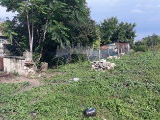 agentie imobiliara vand teren intravilan in suprafata de 700 metri patrati, amplasat in zona Centru, orasul Ovidiu