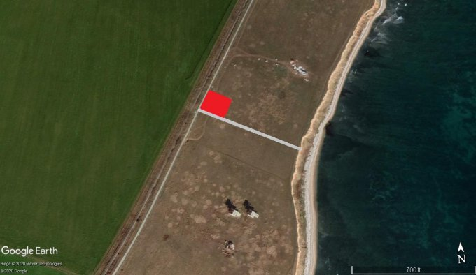 Teren intravilan de vanzare in 23 August. Suprafata terenului 660 metri patrati, deschidere 27 metri. Pret: 20.000 euro. Destinatie: Rezidenta, Vacanta.