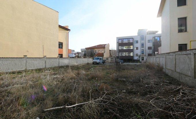 vanzare teren intravilan de la agentie imobiliara cu suprafata de 445 mp, in zona Tomis Plus, orasul Constanta