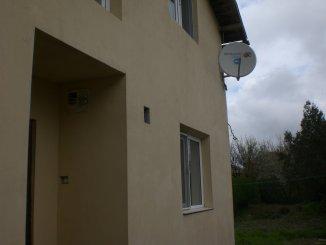 agentie imobiliara vand Vila cu 1 etaj, 6 camere, comuna Valu lui Traian