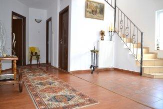 Vila de vanzare cu 1 etaj si 5 camere, Agigea Constanta