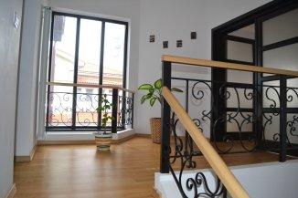 vanzare vila cu 1 etaj, 6 camere, zona Tabacarie, orasul Constanta, suprafata utila 323 mp