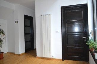 vanzare vila de la agentie imobiliara, cu 1 etaj, 6 camere, in zona Tabacarie, orasul Constanta
