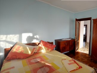 Vila de vanzare cu 1 etaj si 6 camere, 23 August Constanta