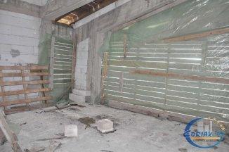 Vila de vanzare cu 1 etaj si 5 camere, in zona Viile Noi, Constanta