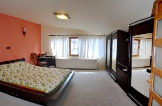 vanzare vila de la agentie imobiliara, cu 1 etaj, 3 camere, comuna Agigea