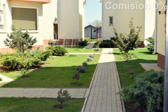 Mamaia Nord Constanta vila cu 3 camere, 1 etaj, 2 grupuri sanitare, cu suprafata utila de 115 mp, suprafata teren 178 mp si deschidere de 13 metri. In orasul Constanta, zona Mamaia Nord.