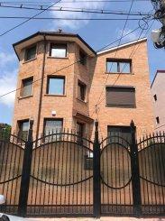 Vila de vanzare cu 1 etaj si 8 camere, in zona Coiciu, Constanta