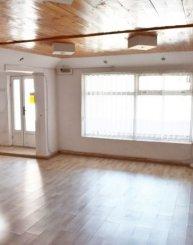 proprietar vand Vila cu 1 etaj, 6 camere, zona ICIL, orasul Constanta