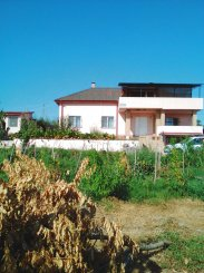 vanzare vila cu 1 etaj, 4 camere, localitatea Capidava, suprafata utila 150 mp
