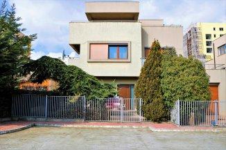 Vila de vanzare cu 2 etaje si 6 camere, in zona Tomis Plus, Constanta
