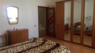 Vila de vanzare cu 3 etaje si 12 camere, in zona Faleza Nord, Constanta