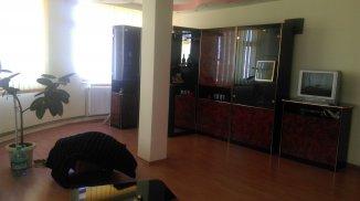 vanzare vila de la agentie imobiliara, cu 3 etaje, 12 camere, in zona Faleza Nord, orasul Constanta
