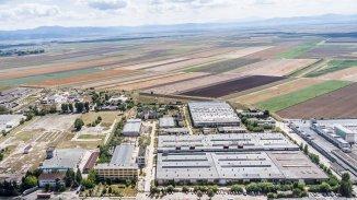 Spatiu industrial de vanzare, 110000 metri patrati utili, in  Targu Secuiesc  Covasna
