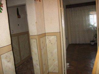 Dambovita Pucioasa, zona Central, apartament cu 2 camere de vanzare
